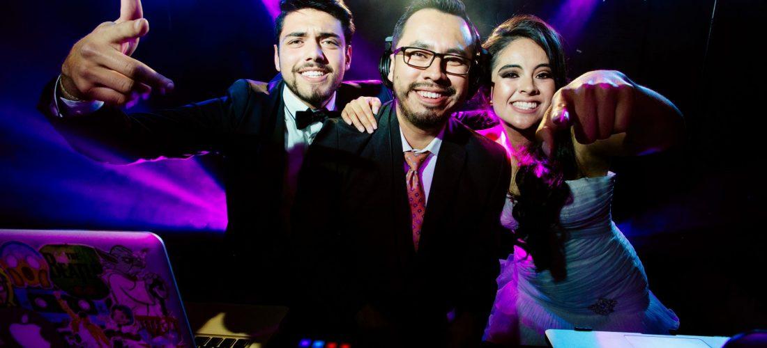 TR MUSIC DJ para bodas en Puebla 18